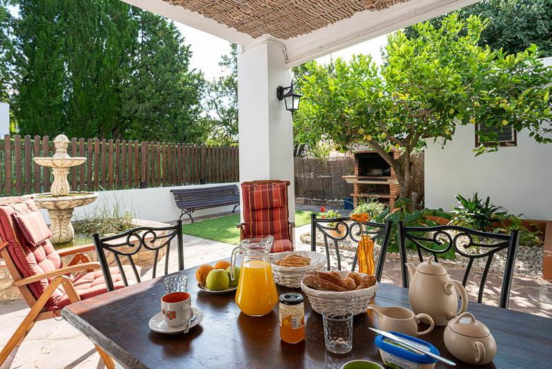 Conoce otra cara de esta tierra con una casa rural en la Comunidad Valenciana